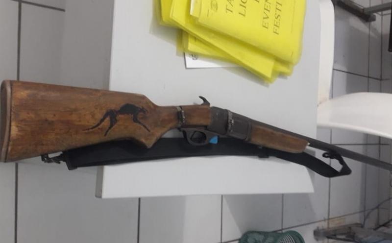 Comerciante é assassinado com tiro de espingarda no rosto no Piauí