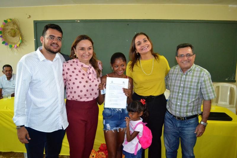 Moradores da zona rural de Joaquim Pires recebem suas casas pelo PNHR