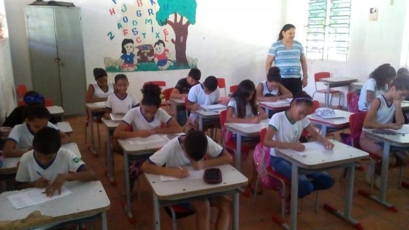 Monsenhor Gil | Programa de reforço escolar atende alunos do 5° e 9° ano