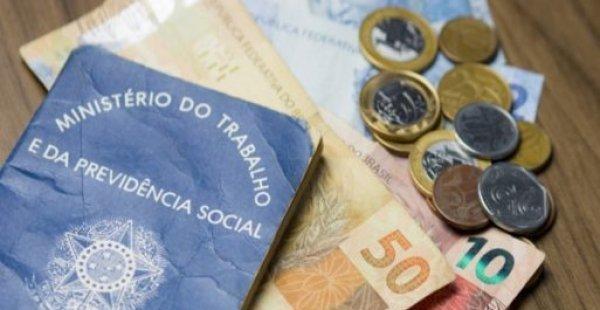 Congresso aprova salário mínimo para R$ 1.039 em 2020