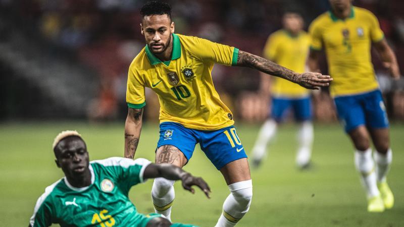 Brasil joga mal, empata com Senegal e chega a três jogos sem vencer