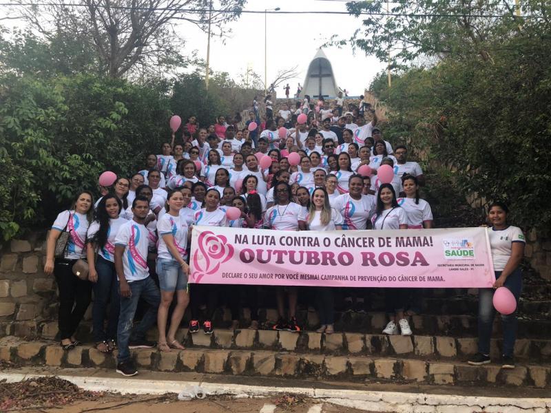 Caminhada em Landri Sales, marca o inicio da campanha Outubro Rosa