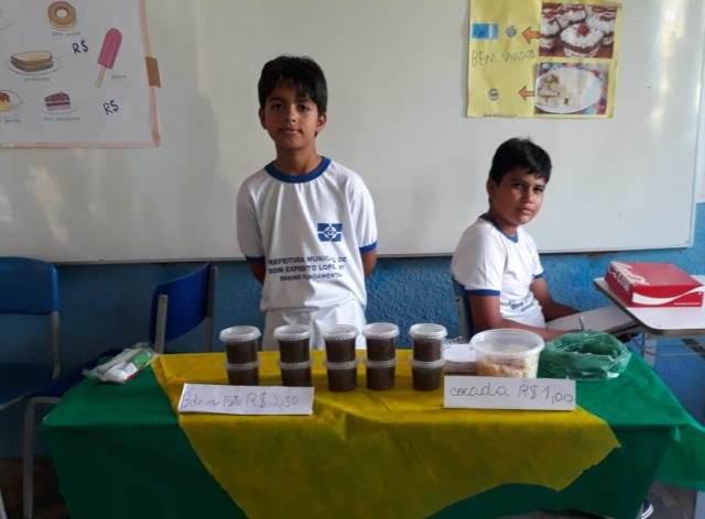 Dom Expedito Lopes | I Festival de Guloseimas é realizado em escola