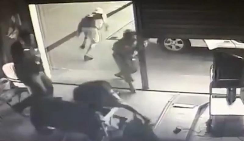 Adolescente morre após tentar assaltar posto de combustível