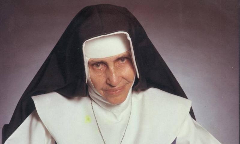 Irmã Dulce é canonizada pelo papa e se torna a 1ª santa brasileira
