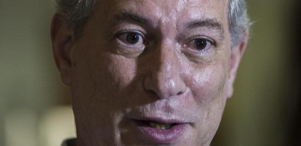 Ciro diz que Bolsonaro renunciará e ataca Huck: 'estagiário' na Presidência