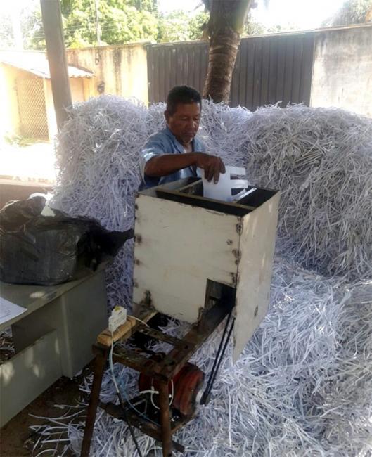 Parceria entre Prefeitura de Altos e associação possibilita coleta de resíduos recicláveis
