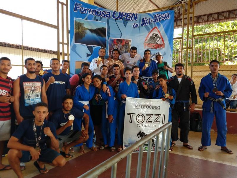 Triunfo dos atletas de jiu-jitsu no open Formosa do Rio Preto (2ª edição)