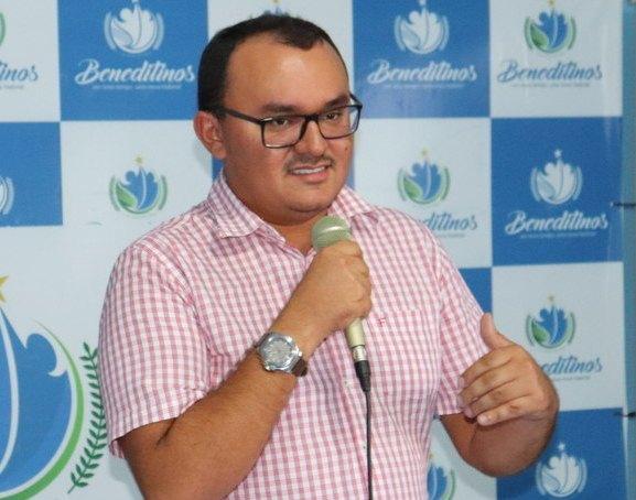 POLITICA: Prefeito assinará ficha de filiação em nova sigla