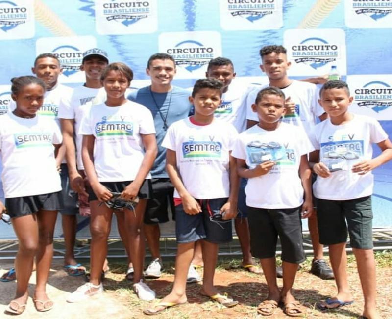 Corrente | Crianças do SCFV participam do Campeonato Brasileiro de Natação