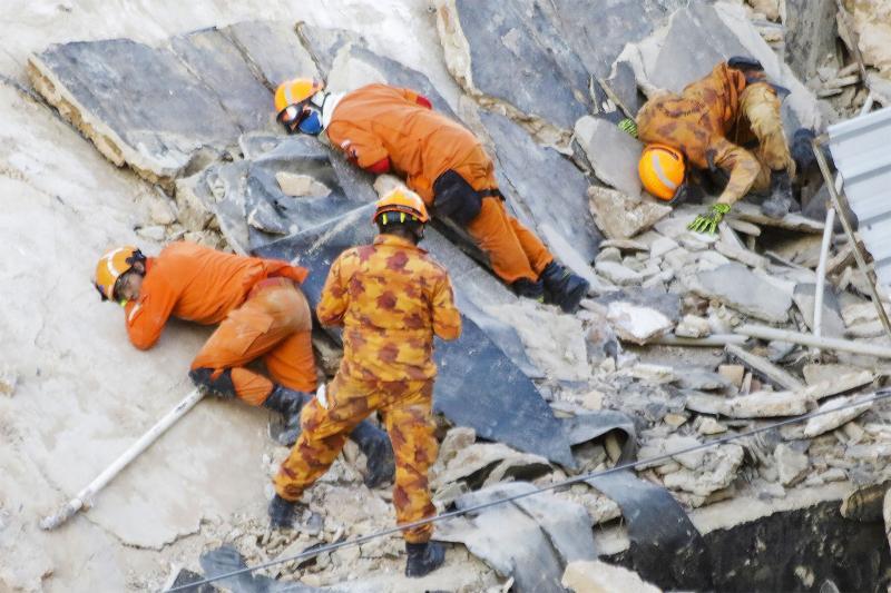 Tragédia em Fortaleza: bombeiros confirmam 2ª morte