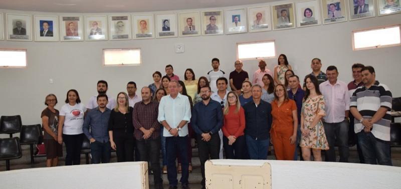 Novos membros do Conselho de Saúde de Picos tomam posse em sessão solene