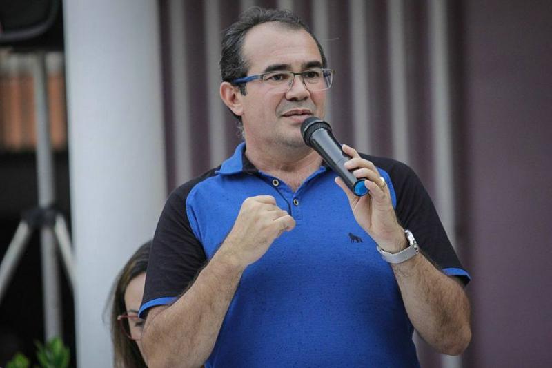 Osvaldo Bonfim é investigado por gastos com construção de prefeitura