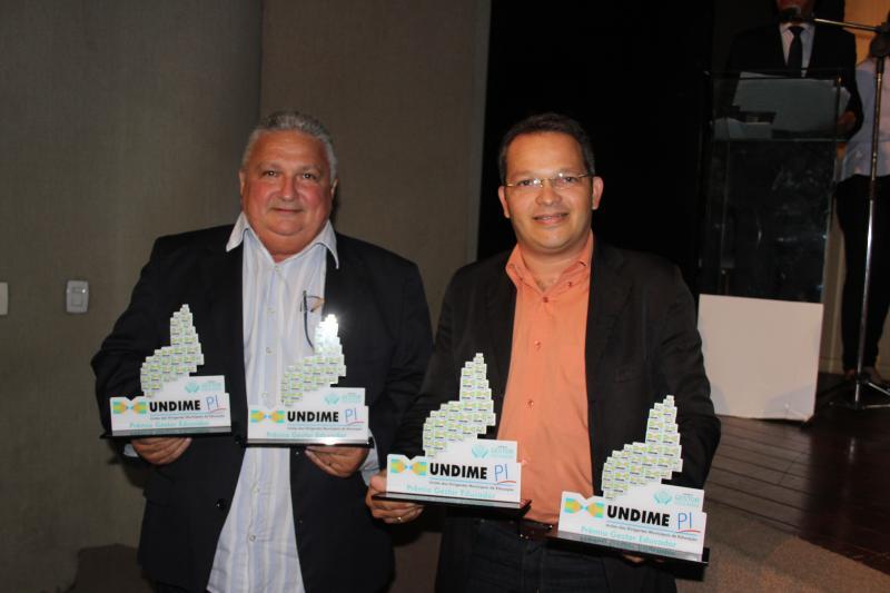 Municípios do Piauí recebem 'Prêmio Gestor Educador' da Undime
