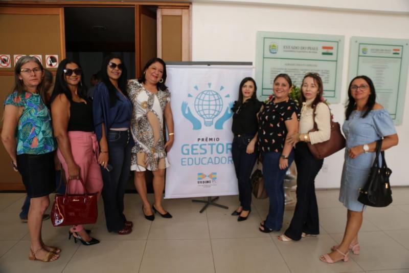 Santana do PI realiza audiência pública sobre operação carro-pipa
