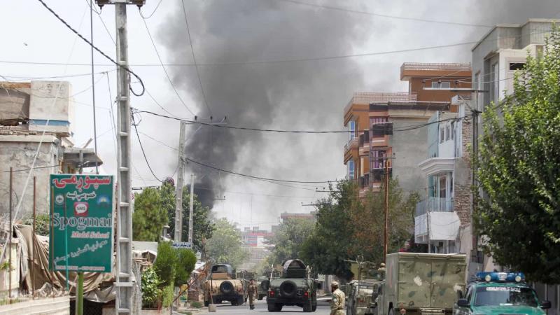 Atentado contra mesquita deixa mais de 60 mortos no Afeganistão