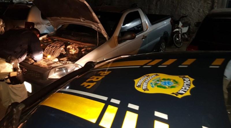 PRF recupera veículo adulterado com registro de roubo na BR 316