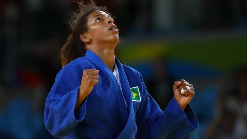 Rafaela Silva bate romena e leva o ouro nos Jogos Mundiais Militares