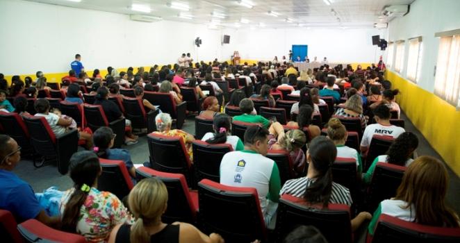 Timon: campanha incentiva atualização e inscrição de famílias no CadÚnico