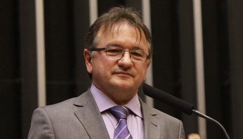 Merlong Solano assumirá mandato de deputado federal em Brasília