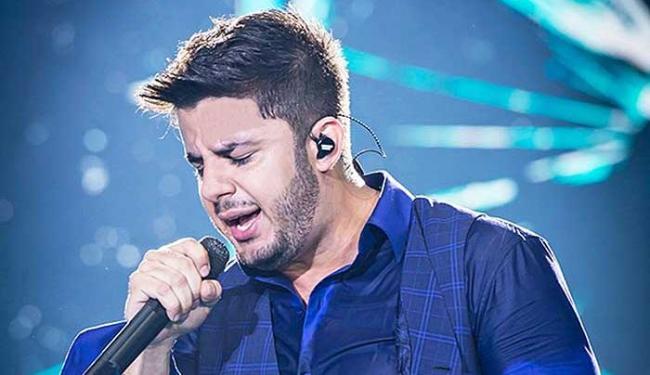Espírito de Cristiano Araújo é visto por filho de cantor: 'brincou comigo'