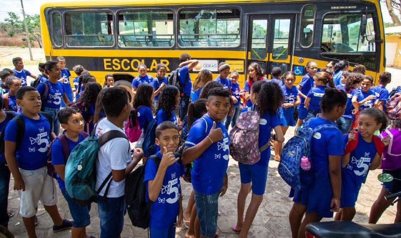 Alunos da Rede Municipal participam de atividades do mês da crianças