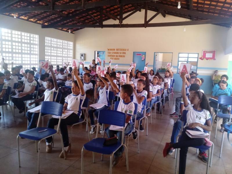 Preparação para a prova SAEB mobiliza a educação de Landri Sales
