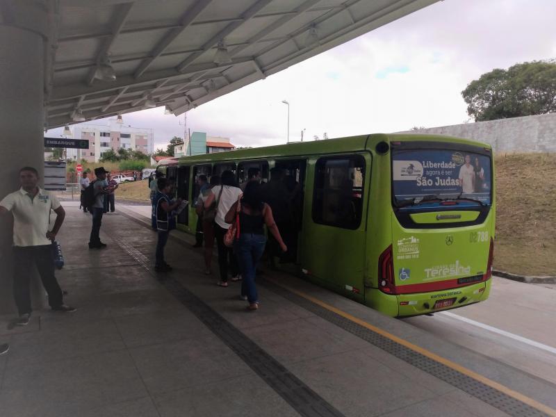 Frota de ônibus será reduzida no Dia de Finados em Teresina