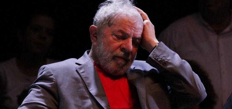 STJ suspende julgamento sobre condenação de Lula