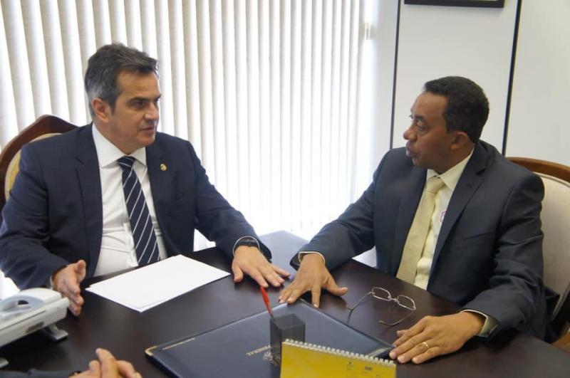 Joel Rodrigues busca recursos em Brasília