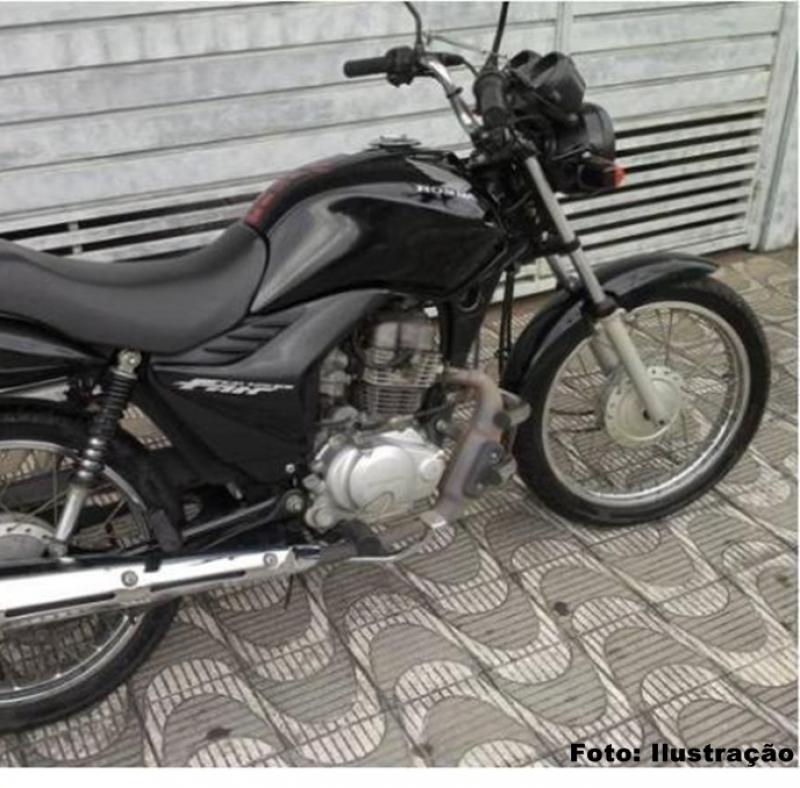 Grupamento de Polícia Militar (GPM) de Gilbués recupera moto roubada em Corrente