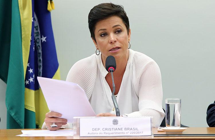 AGU diz que recorreu contra suspensão da posse de Cristiane Brasil no Trabalho
