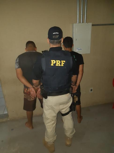 Integrantes de quadrilha são presos durante fiscalização na BR 316