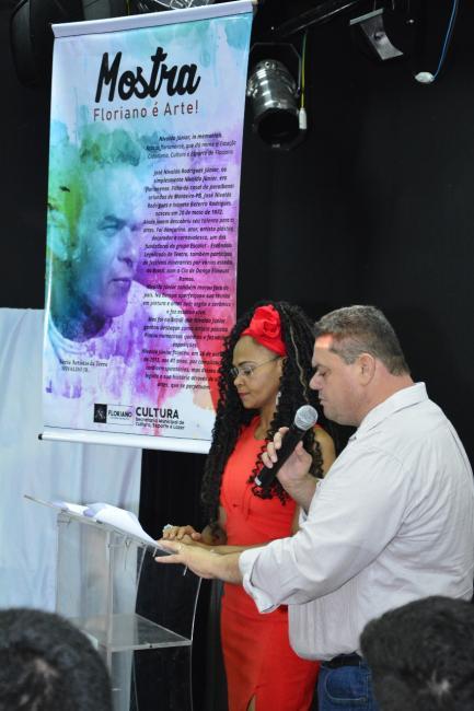 Cultura realiza Mostra de Arte em homenagem ao artista Nivaldo Júnior