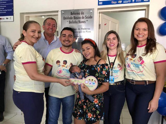 Entrega da chave do 'Bebê Prefeito' encerra Semana do Bebê em Picos