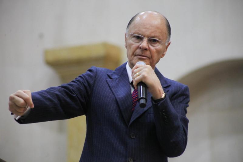 Juízes serão investigados por supostas adoções irregulares da igreja Universal