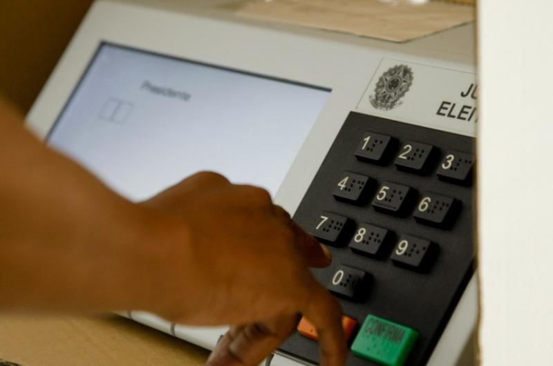 Comissão pode votar pacote de mudanças nas regras eleitorais