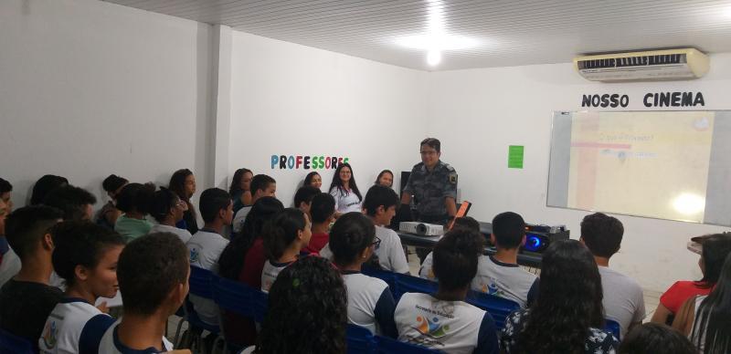 Prefeitura de Lagoinha do Piauí e 18º BPM realiza palestra Educativa