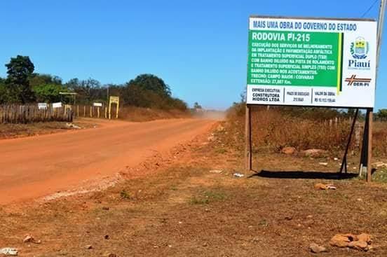 Paulo Martins diz que obras de pavimentação da PI-215 deverão ser retomadas