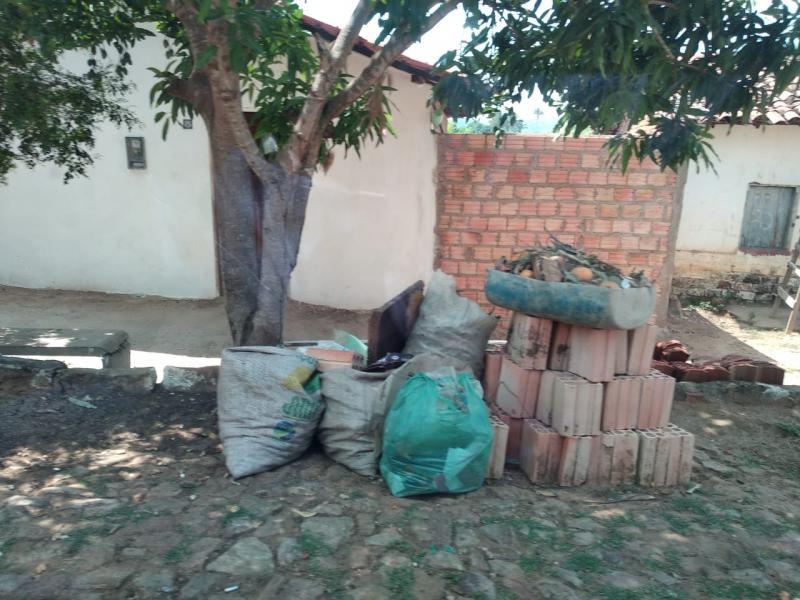 Município piauiense estaria sem coleta de lixo há 15 dias