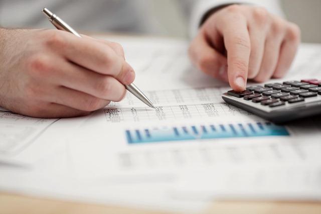 Pequenos e médios negócios tem dificuldades por conta de impostos