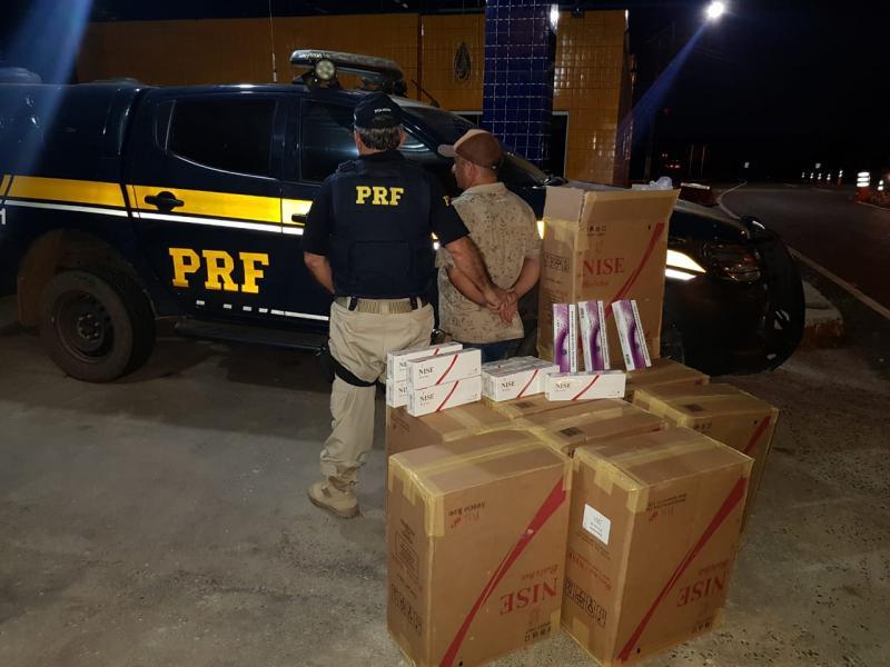 PRF apreende 5 mil maços de cigarros contrabandeados