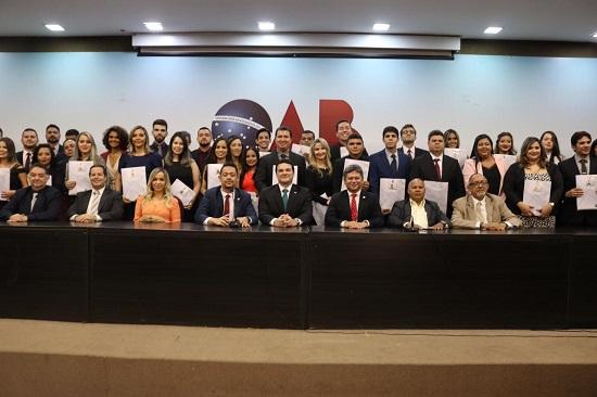 OAB Piauí entrega 59 carteiras profissionais aos novos advogados