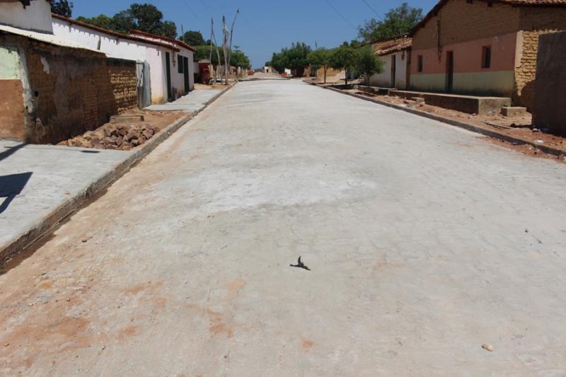 Pavussu | Pavimentação de ruas tira população da poeira