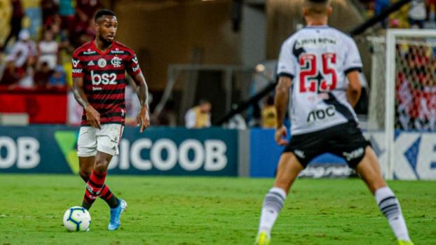 Com duas viradas, Fla e Vasco empatam em jogão de 8 gols