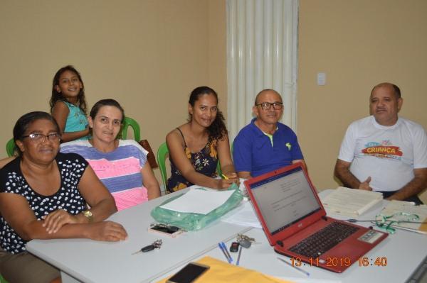 SINDICOLÔNIA cria comissão para elaboração do plano de carreira da saúde