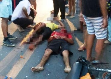 Colisão entre carro e moto deixa duas pessoas feridas na BR 343