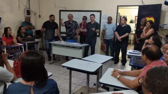 Deputado Rafael Leitoa visita reforma de escolas do estado em Timon