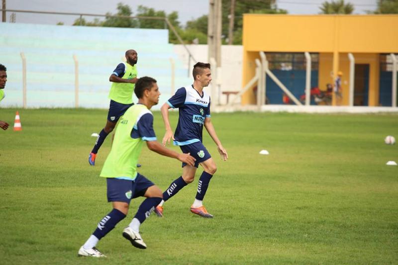 Altos perde para o 4 de julho em jogo amistoso no Felipão