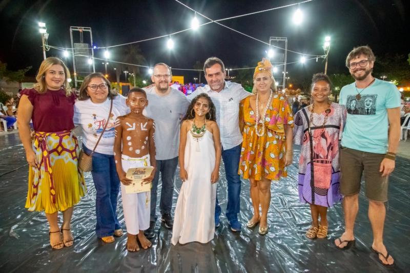 FLOR promove noite com apresentações folclóricas e resgate de manifestações